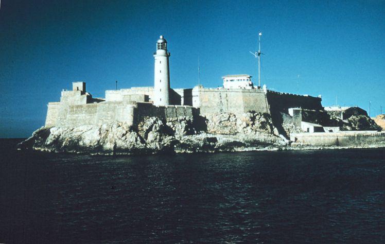 1024px-El_Moro_Havanna_Cuba